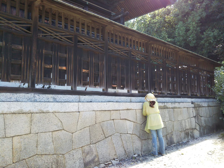八田八幡宮の板塀