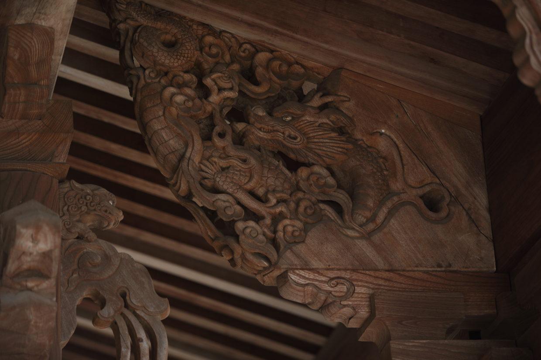 神宮寺の手挟みの龍
