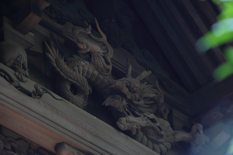 白鳥八幡宮の龍